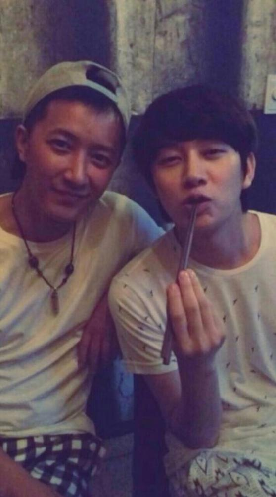 HeeChulThaiFan - 2014 Heechul recent photo with HanGeng